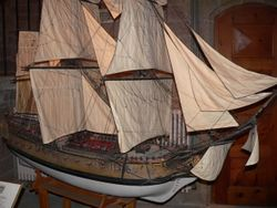 Model of a 19th-century English frigate